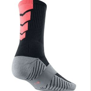 dd70706b1 Nike Accessories | Drifit Stadium Crew Socks Youthwomen | Poshmark